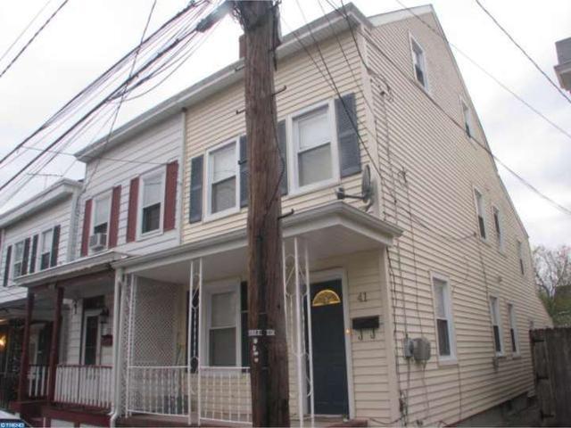 41 Mary St, Bordentown NJ 08505