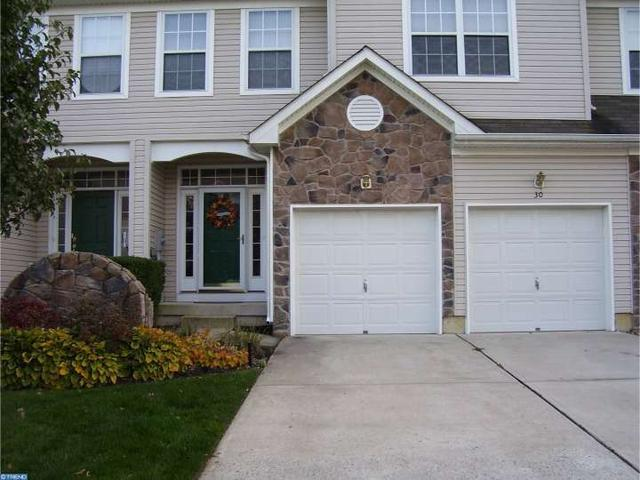 30 Cypress Point Rd, Mount Holly, NJ