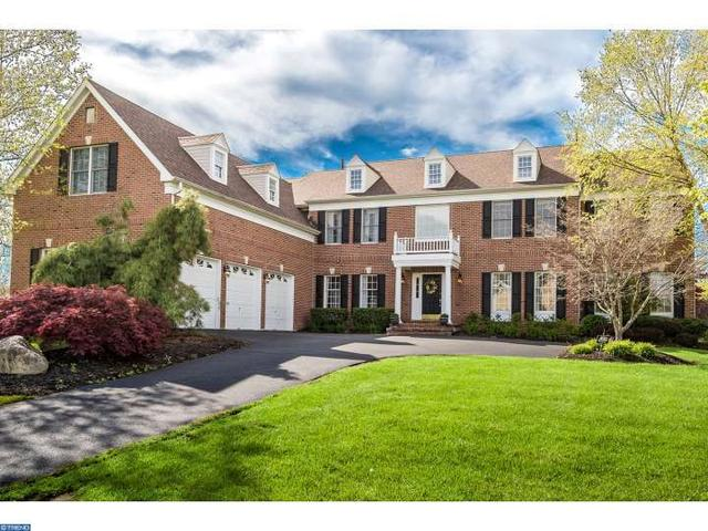 225 Country Club Dr, Moorestown, NJ