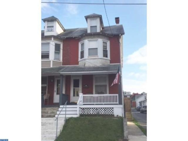 144 Catherine St, Reading PA 19607