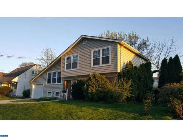 39 Mark Twain Dr, Hamilton, NJ 08690