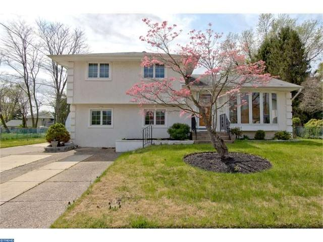 9 Randy Rd, Glendora, NJ 08029