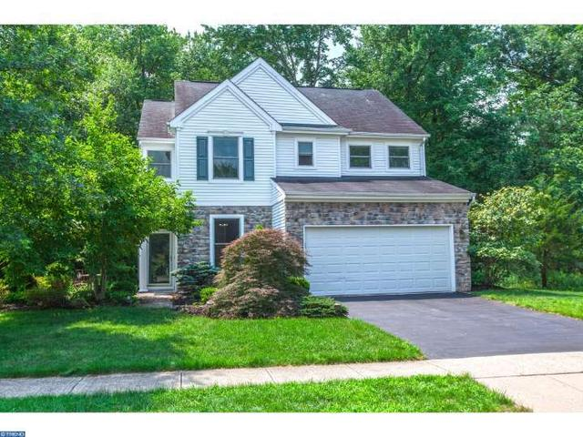 73 Harvard Cir, Princeton, NJ 08540