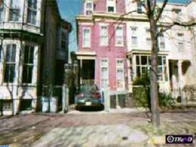 113 Linden St, Camden, NJ 08102