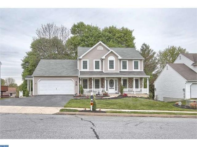 12 Patterson Dr, Robesonia, PA