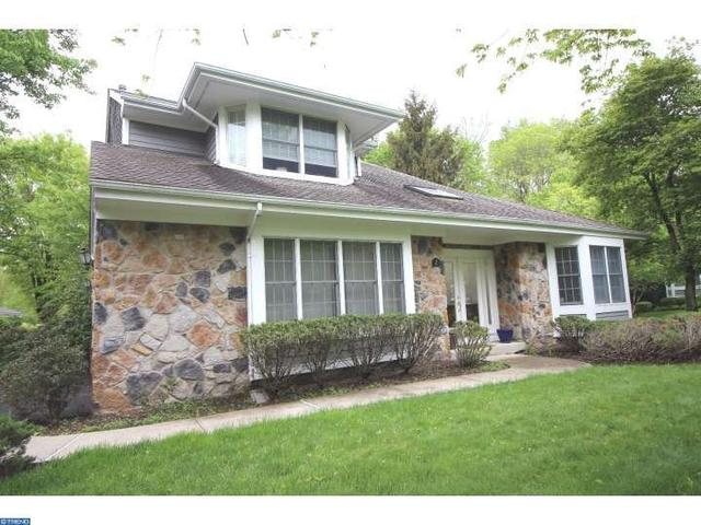 2 Crabapple Ct, Princeton, NJ 08540