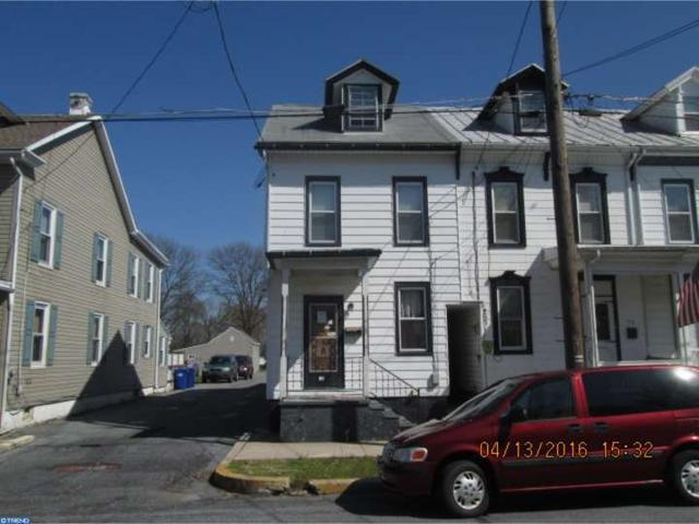 115 N Robeson St, Robesonia, PA