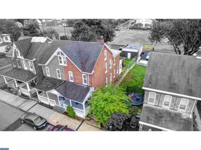 546 Willow St, Stowe PA 19464