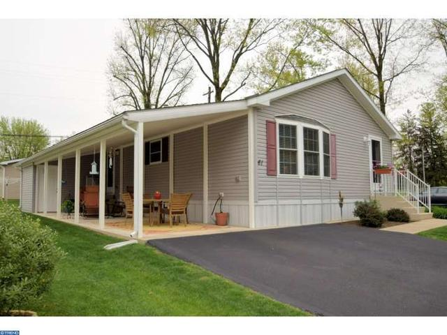 61 Cowbell Ln, Chalfont PA 18914