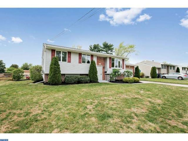 707 Francis Dr, Williamstown NJ 08094