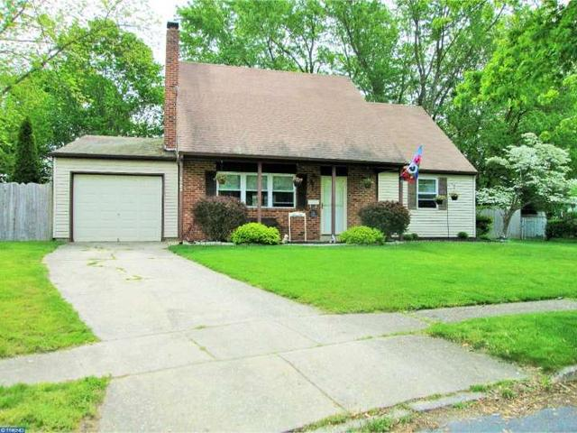 1025 Hille Ter, Williamstown NJ 08094