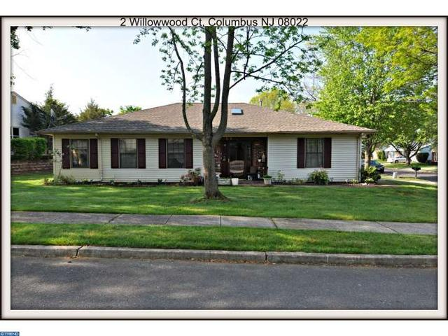 2 Willowwood Ct Columbus, NJ 08022