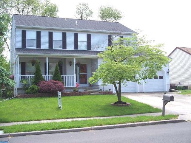 143 Independence Dr, Morrisville PA 19067