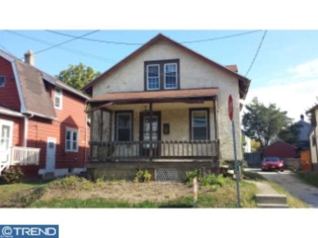 17 W Elbon Rd, Brookhaven PA 19015