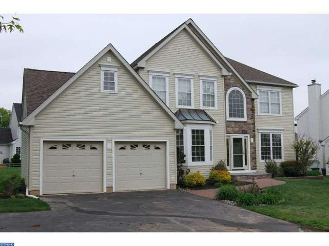 88 Overlook Cir, Garnet Valley PA 19060