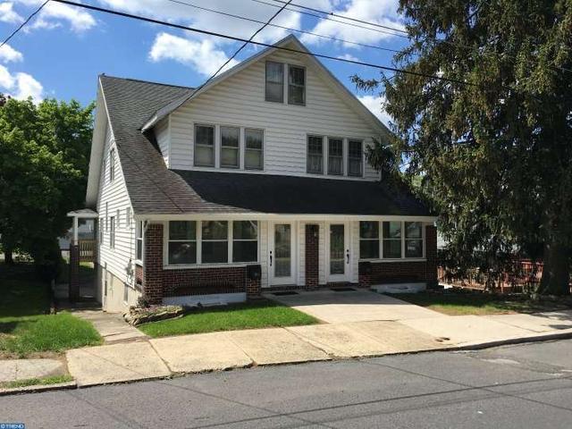 1953 Elk Ave, Pottsville PA 17901