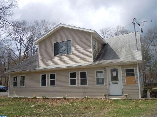 2279 Chipperfield Dr, Stroudsburg, PA