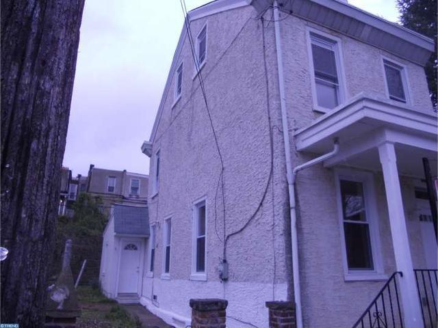 231 E Sharpnack St, Philadelphia PA 19119