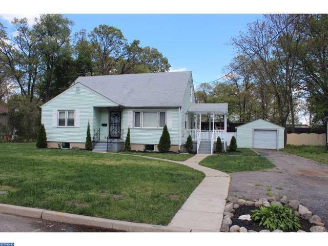 828 S Warrington Ave, Cinnaminson, NJ 08077