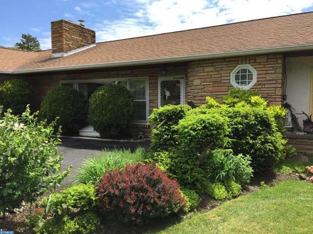 1221 Glenbrook Rd, Huntingdon Valley PA 19006