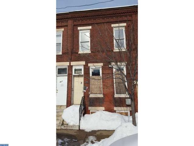 327 Chestnut St, Camden, NJ 08103