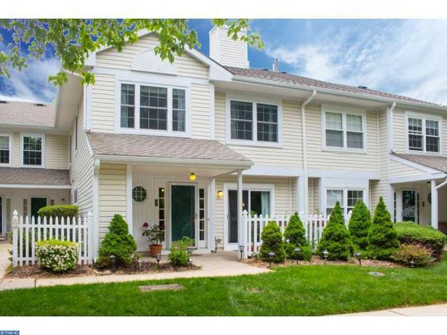 21 Ashley Ct Glen Mills, PA 19342