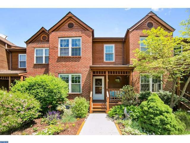 104 Mulberry Ct Collegeville, PA 19426