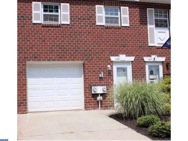 1161 Village Ln, Pottstown, PA