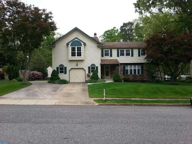 11 Hickory Ln, Berlin, NJ