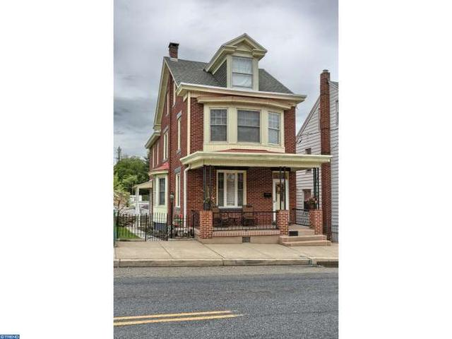 1634 W Market St, Pottsville PA 17901