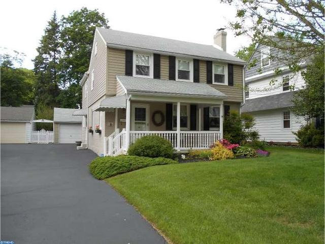 82 S Shelburne Rd, Springfield, PA