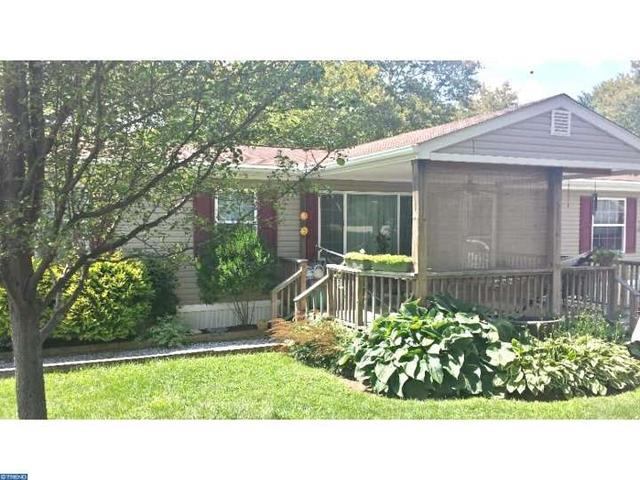 1 Hilltop Dr, West Grove, PA