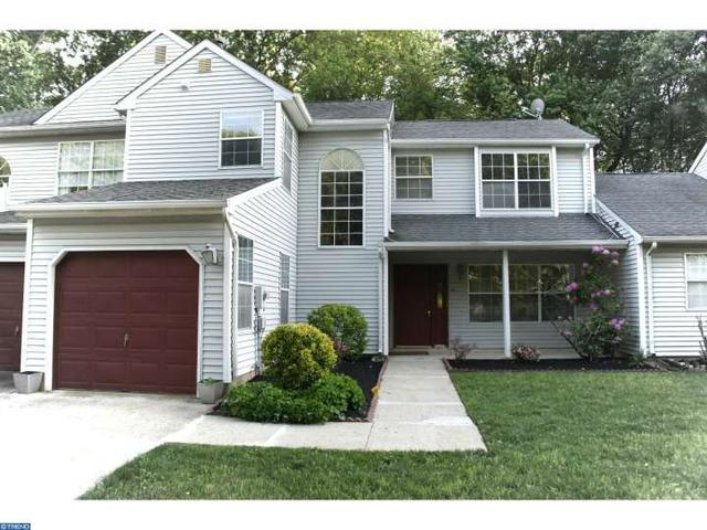 61 Cypress Dr, Hightstown, NJ