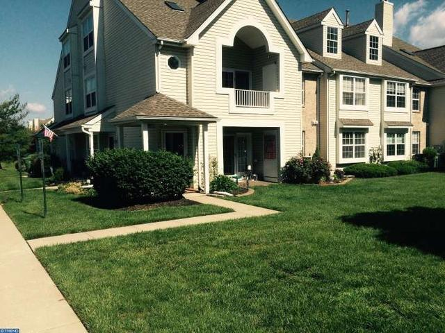 4802 Vesper Cir, Palmyra, NJ 08065