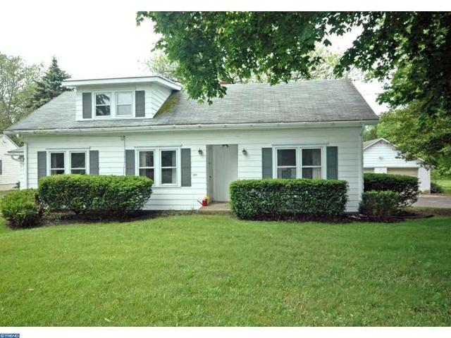 4211 Bridgeboro Rd, Moorestown, NJ