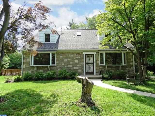 8351 Cedar Rd, Elkins Park PA 19027