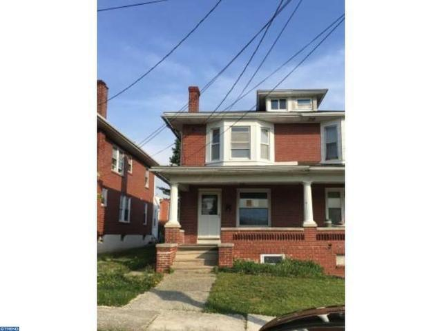 911 Meade St, Reading PA 19611