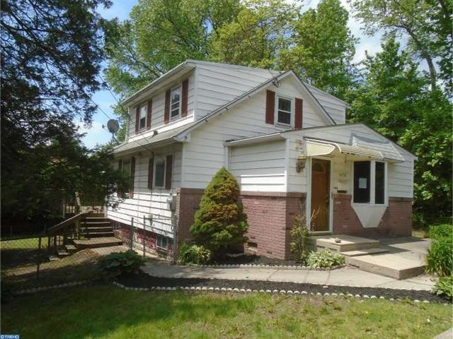 1450 Brookside Ave, Marcus Hook PA 19061