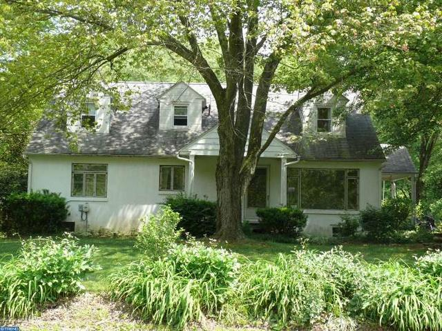467 Mohrsville Rd, Shoemakersville, PA