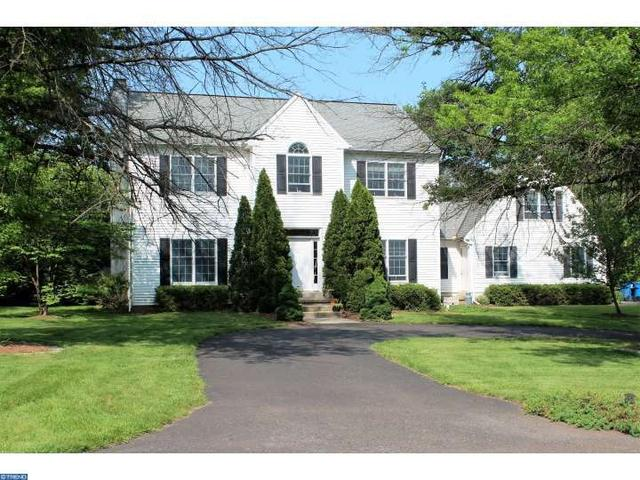 30 Woodside Ave, Chalfont PA 18914