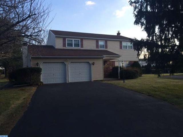 828 Maxwell Pl, Lansdale, PA