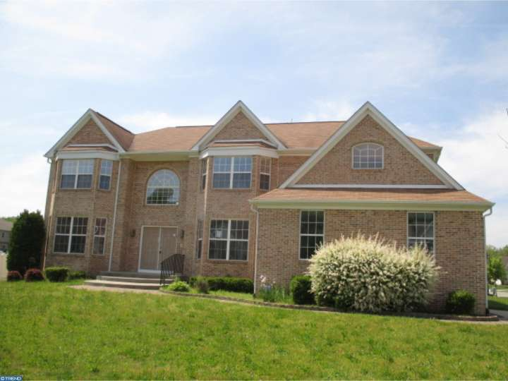 65 S Central Ave, Sicklerville, NJ 08081