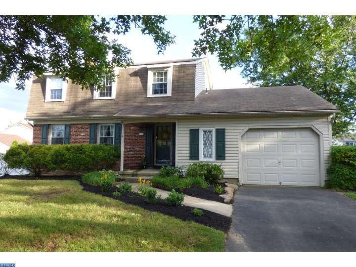 780 Wyngate Rd, Somerdale, NJ 08083