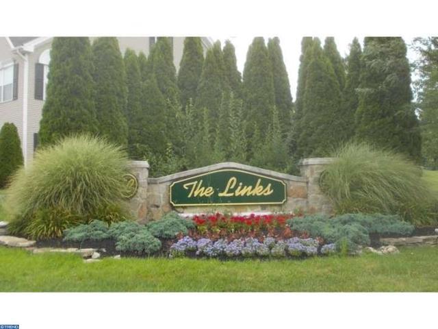 155 La Costa Dr Blackwood, NJ 08012