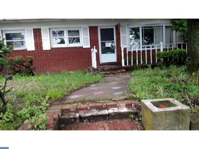 153 Kirkbride Ave, Trenton, NJ 08638