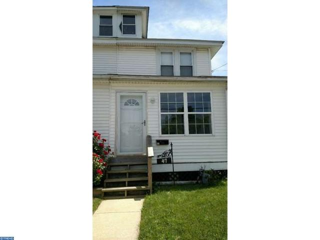 47 Taylor Ave Marcus Hook, PA 19061