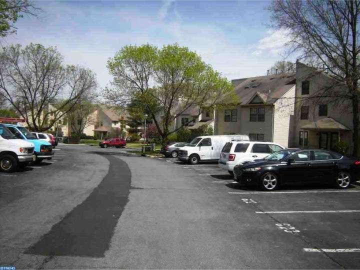 202 Larkspur Lane, Jackson, NJ 08527
