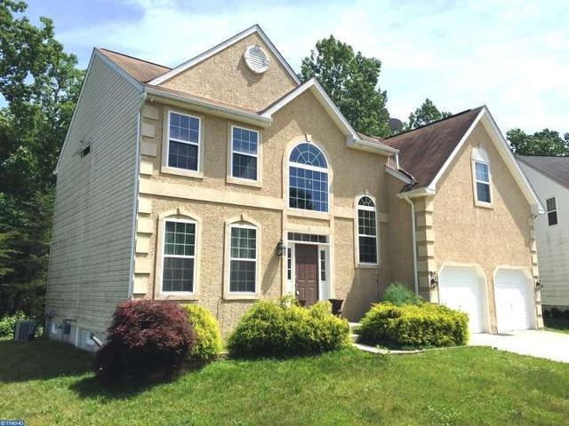 4 Homestead Ct Sicklerville, NJ 08081