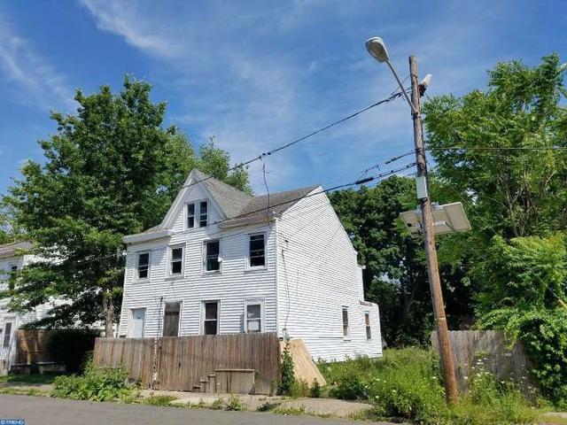 918-920 N Willow St, Trenton, NJ 08638