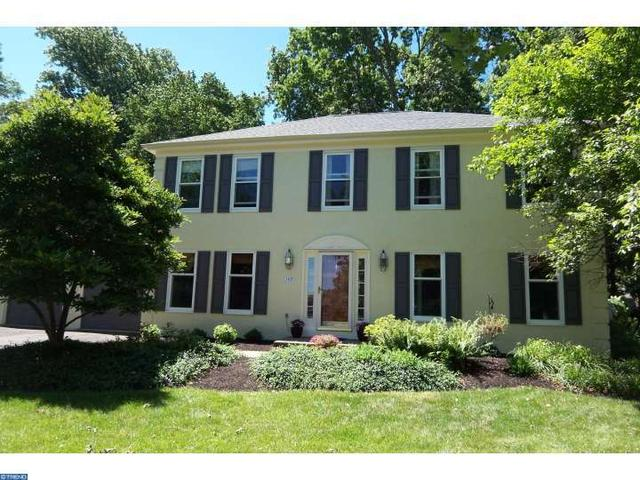 107 Brook Cir Lansdale, PA 19446
